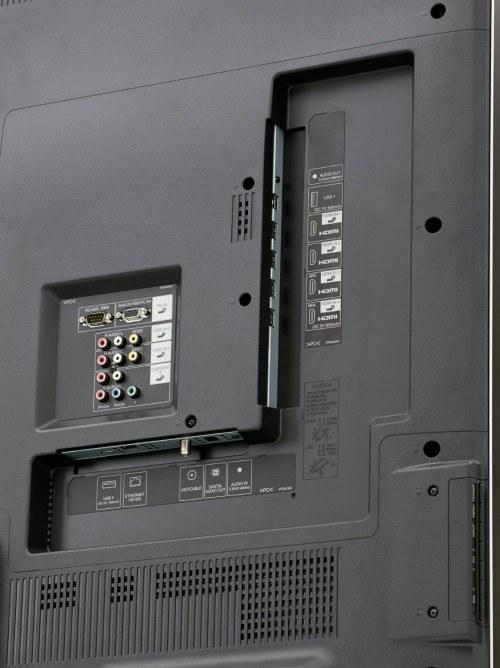 LC-70UQ17U Rear Panel