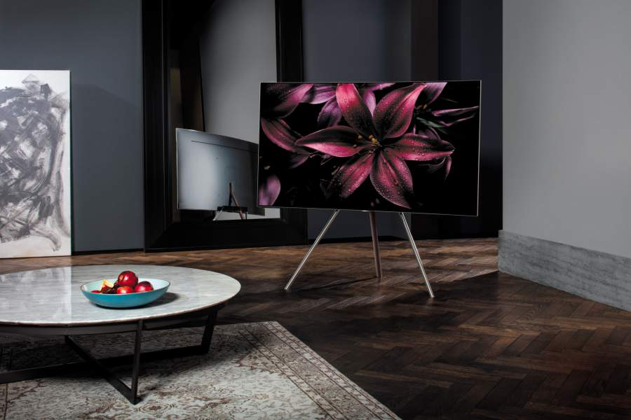 QLED with Studio Stand